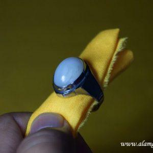 isi-khodam-dalam-batu-cincin